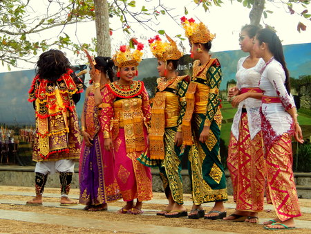 kecak: Balinese dance girls with traditional outfit