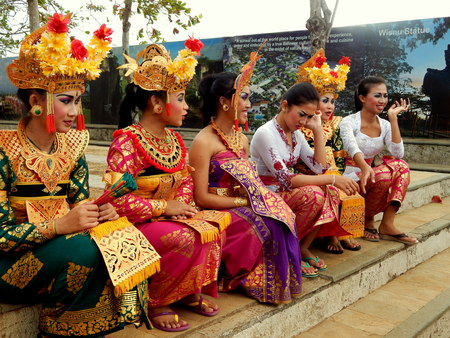 Balinese dancer wearing traditional outfit