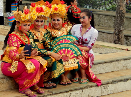 balinese: Balinese dancers took of photo together Editorial