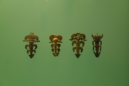 Pre-Columbian gold figures from Colombia