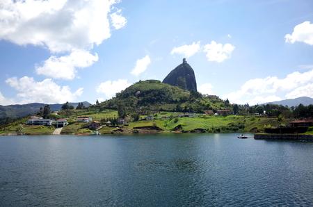 El Peñon de Guatape, Colombia Reklamní fotografie