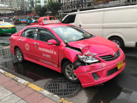 total loss: BANGKOK THAILAND - JAN 8 : An accident with a taxi ride in the morning of a working day on JANUARY 8, 2016 at RAMKAMHEANG in BANGKOK, Thailand Editorial