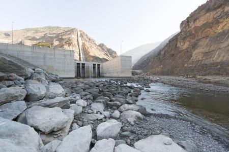 dams: dams