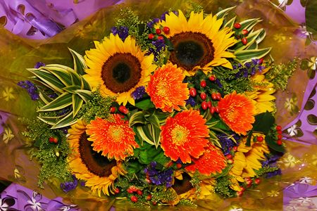 Close-up  of   a  beautiful   bouquet    of   flowers photo