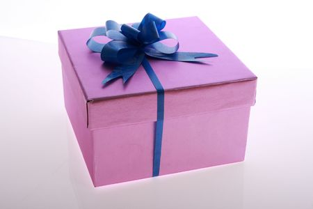 pink  color      gift     box  with  blue    ribbon