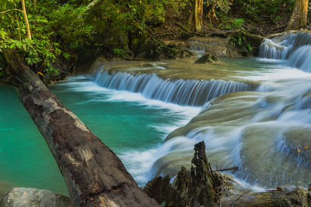Beautiful scenery of Erawan Waterfall in Kanchanaburi,Thailand. 免版税图像