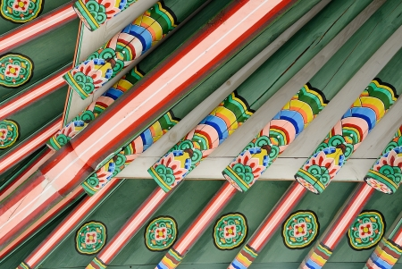 Roof bottom detail of Korean Traditional Architecture Stock Photo - 17878019
