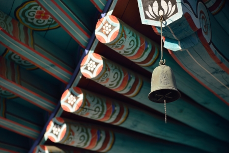 a wind chime of korean traditional temple 스톡 콘텐츠