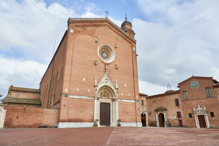 francesco: Basilica of San Francesco, a basilica church in Siena, Italy.