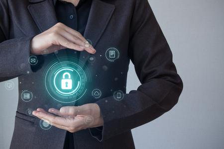 Concepto de negocio, tecnología, Internet y redes. Seguridad empresarial, seguridad de la información contra virus, delitos y ataques. Sistema seguro de Internet. La seguridad cibernética