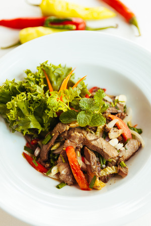 ingradient: thai food ,spicy grilled beef salad