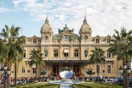 monte carlo: Front of the Grand Casino in Monte Carlo, Monaco