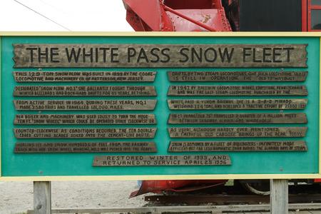 Panneau d'information pour La Flotte Blanche Neige Pass en Skagway Alaska USA Banque d'images - 48326020