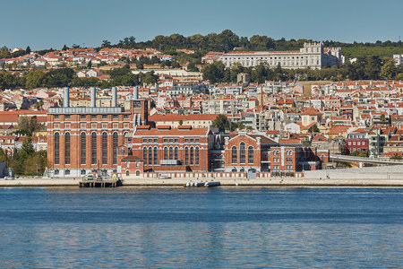 Cityline of Lisbon in Portugal over the Tagus river Stock Photo - 123490422
