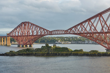 The Forth Rail Bridge, Scotland, connecting South Queensferry (Edinburgh) with North Queensferry (Fife) Stock Photo - 123490543