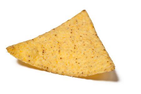 chip: chips de tortilla aislados sobre fondo blanco