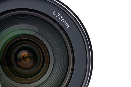 human photography: lente de la c�mara sobre fondo blanco