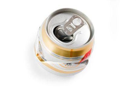 crushed aluminum cans: disparo de foto de cerveza triturado puede