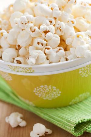 popcorn in bowl Stock Photo - 8113266