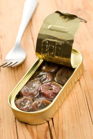 alcaparras: la anchoa laminada con alcaparras