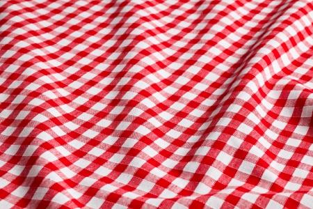 el fondo a cuadros blanco y rojo
