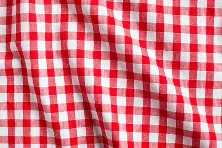 manteles: el fondo a cuadros blanco y rojo
