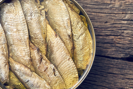 sprats: top view of can of sprats