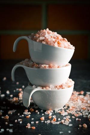 himalayan salt: Himalayan salt in bowl on kitchen table
