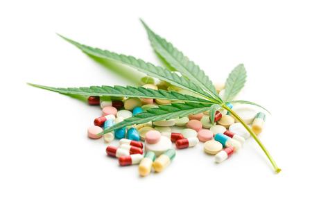 medicaments: the cannabis leaf and medicaments