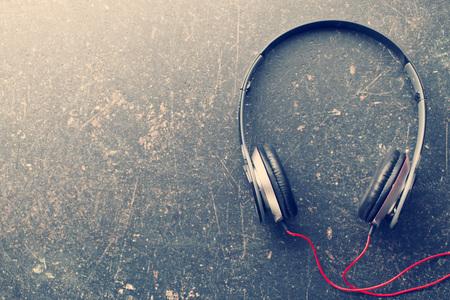 the vintage shot of headphones 스톡 콘텐츠