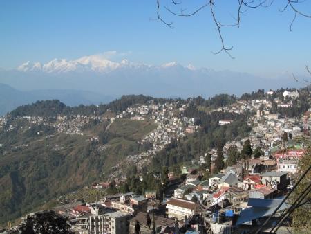 darjeeling: Darjeeling with Kangchenjunga in December