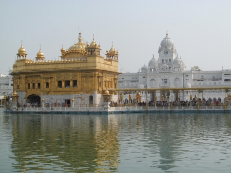 Golden Temple in Amritsar Stock Photo - 23095514