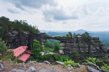 czech switzerland: Pravcicka Brana � il pi� grande ponte in pietra naturale in Europa
