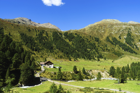 The Kaunertal Valley is surrounded by the Glockturmkamm ridge, the Kaunergrate and the Ötztaler Alpen Mountains in the middle of the Dreitausender Mountains.