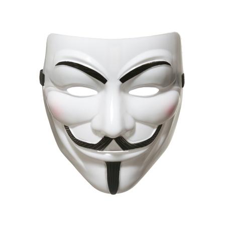Studio shot di una maschera viso anonimo, noto come Guy Fawkes Mask dal film V for Vendetta su sfondo bianco