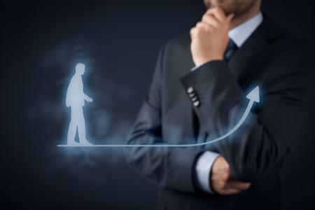 crecimiento personal: Desarrollo personal (crecimiento personal), el �xito, el progreso y conceptos posibles. Coach (oficial de recursos humanos, supervisor) en el fondo de supervisar el crecimiento de negocios.