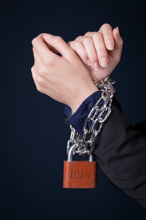 immobilize: Lock tied people hands.