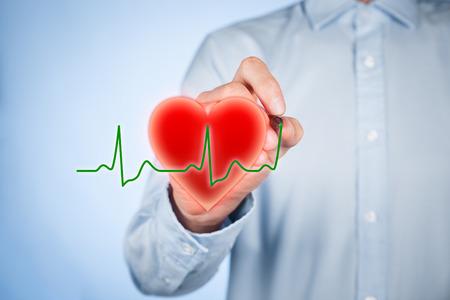 ヘルスケアと心の問題予防 (心臓) のコンセプトです。心臓病心臓と心電図ハートビートのシンボルを描画します。