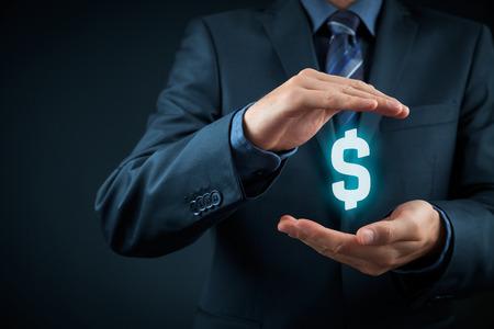 proteccion: Proteja las finanzas de la empresa y la optimización fiscal, la inversión de la empresa, representados por el símbolo del dólar. Foto de archivo