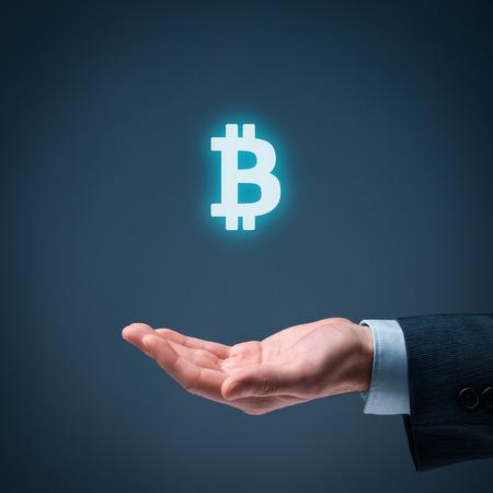 cashflow: Bitcoin en los negocios y el comercio. Empresario oferta bitcoin.