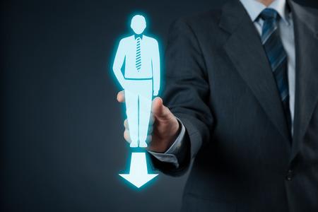 empezar: El hombre de negocios comienza con la nueva direcci�n de la empresa.