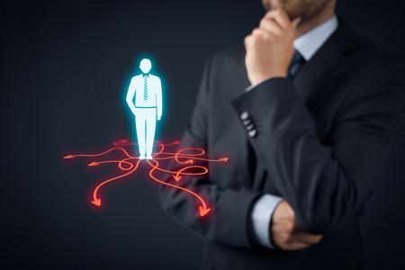 toma de decision: La toma de decisiones (decisiones de gesti�n) - seleccionar la mejor manera de hacer negocios (direcci�n) a futuro. Foto de archivo