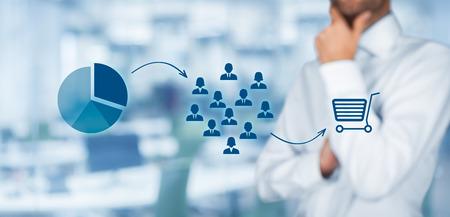 マーケティング戦略 - セグメンテーション、ターゲット設定、および配置。バック グラウンドでオフィス、マーケティング戦略・ プロセスの可視化