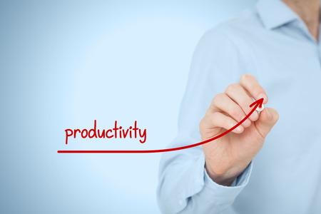 productividad: Manager (hombre de negocios, el entrenador, el liderazgo) plan para aumentar la productividad de la empresa.