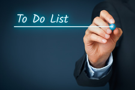 Pour faire la liste rubrique - modèle de base pour la présentation d'entreprise avec la liste des choses à faire. Contexte de diaporama d'affaires pour les présentations.