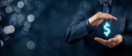 会社の財政および税の最適化、企業投資、ドル記号で表される保護します。背景のボケ味を持つ広いバナー組成物。 写真素材