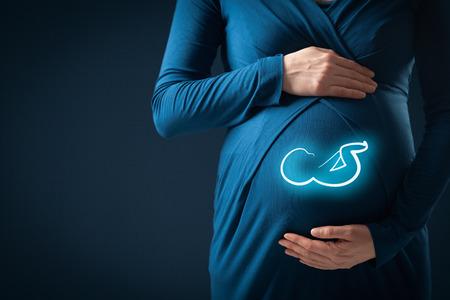 negocio de los seguros de maternidad y el concepto del cuidado del embarazo.