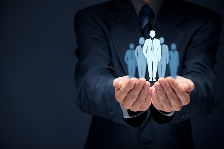 Influencer (Meinungsführer, Teamleiter, Geschäftsführer, Marktführer) und ein anderes Unternehmen führende Konzepte, richtige Zusammensetzung.