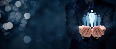 Influencer (Meinungsführer, Teamleiter, Geschäftsführer, Marktführer) und ein weiteres Geschäft führende Konzepte, breite Banner Komposition mit Bokeh im Hintergrund.