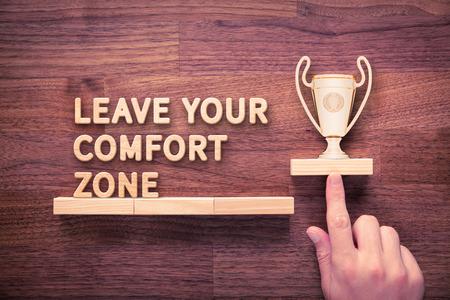 Laat je comfort zone, persoonlijke ontwikkeling, motivatie en uitdaging concepten.